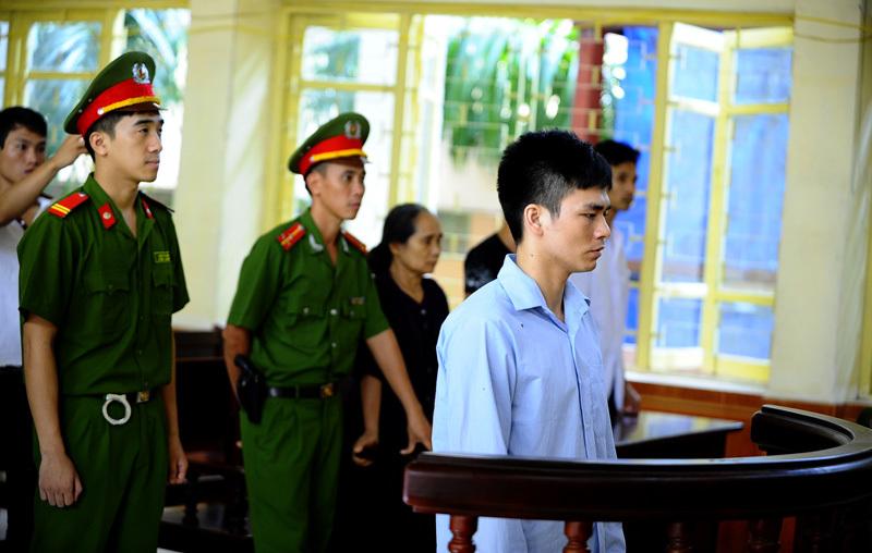 nhân chứng mới, 'trái ngang', ông Nguyễn Thanh Chấn, bà Chiến, phiên xử, án oan, Lý Nguyễn Chung