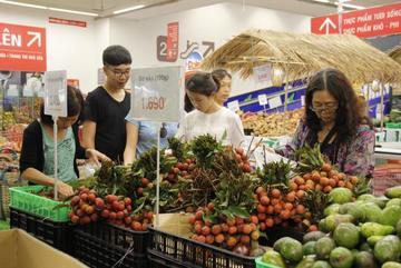 Hàng Việt quyết vào Wall Mart