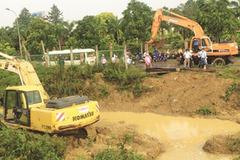 Đường ống nước sông Đà vỡ lần thứ 12
