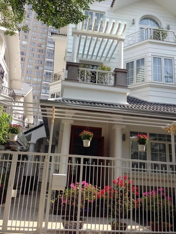 Những sao Việt sở hữu nhà mặt phố đắt đỏ