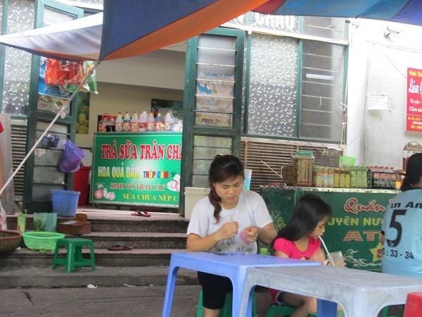 Sành ăn Hà Nội: Xơi nhãn lồng nhái, mận tím đểu