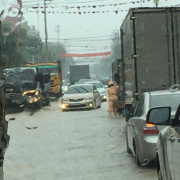 Quảng Ninh ngập lụt lịch sử, 3 mẹ con thiệt mạng
