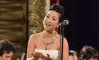 Mỹ Linh xuất thần khi hát 'Quê Hương anh bộ đội'