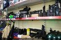 Bên trong cửa hiệu vũ khí đáng sợ của IS