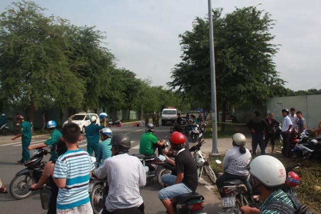 Tài xế chết gục trong xe taxi ở Sài Gòn
