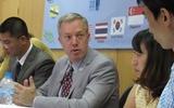 Đại sứ Mỹ: Tôi đã phải tự 'cấu vào mặt mình'