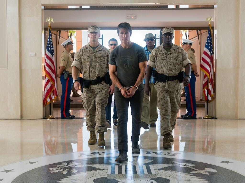 'Nhiệm vụ bất khả thi' tiếp tục gây choáng vì Tom Cruise
