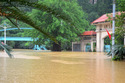 Mưa lũ Quảng Ninh 'vượt mặt' lụt lịch sử Hà Nội 2008