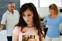 """Con dâu khó xử khi bố mẹ chồng """"khẩu chiến"""""""