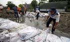 Mưa lũ Quảng Ninh: Thiệt hại gần 2.000 tỷ, toàn tỉnh đi làm cuối tuần