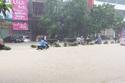 Hà Nội mưa to rồi tạnh trong chốc lát