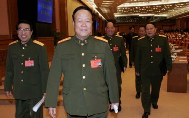 Tướng Trung Quốc giả gái, đào tẩu bất thành