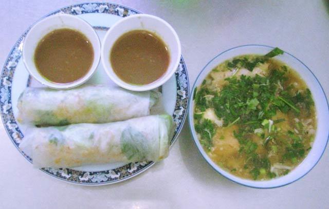 Bún, bánh canh chả cá - đặc sản bình dân của Quy Nhơn