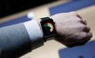 Các hãng linh kiện lo Apple Watch ế ẩm