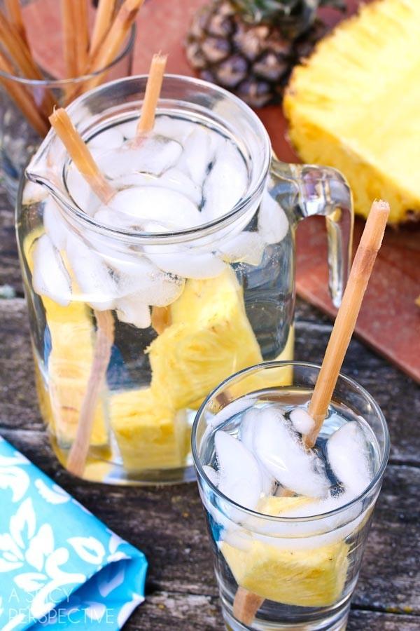 4 món detox water làm nhanh để thanh lọc cơ thể và giảm mỡ thừa