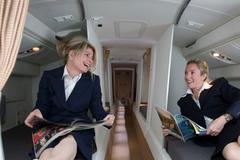 Buồng ngủ bí mật của phi công - tiếp viên trên máy bay