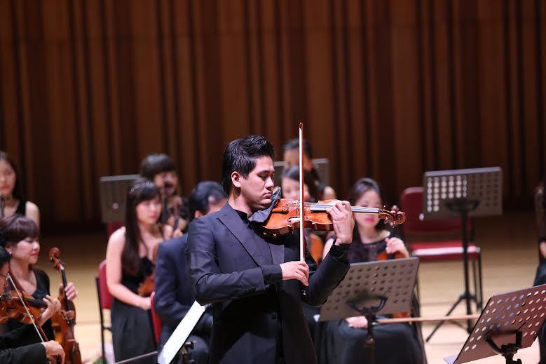 Vắng diva, divo, quán quân hát với dàn nhạc giao hưởng
