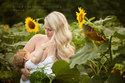Thêm những bức ảnh mẹ ngực trần cho con bú tuyệt đẹp
