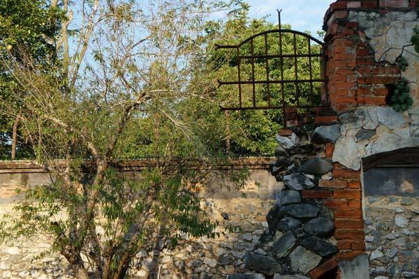 Thủ tướng yêu cầu Sơn La báo cáo việc xây tượng đài
