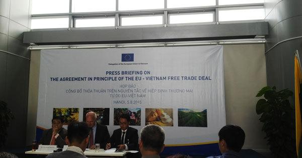 hội nhập, hiệp định thương mại, đàm phán, ký kết, FTA, EU, Việt-Nam, hạn-ngạch, thuế, hội-nhập, hiệp-định-thương-mại, TPP, VKFTA, ASEAN, WTO