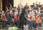 """Saxophone Trần Mạnh Tuấn """"phiêu"""" với nhạc Trịnh"""