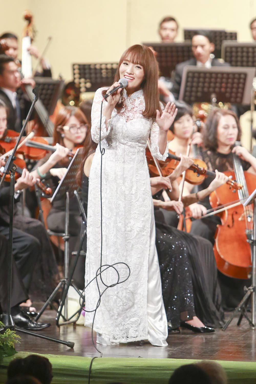 hòa nhạc Toyota, Trần Mạnh Tuấn, Hạ trắng, Nhật Thủy, Bùi Công Duy
