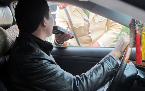xử phạt, an toàn giao thông, CSGT, bộ GTVT, bộ công an, bộ quốc phòng, xe biển đỏ giả
