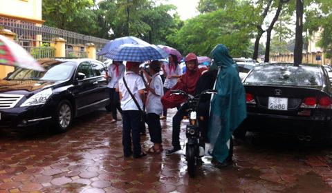 khai giảng, năm học, giao thông, ùn tắc, mưa to
