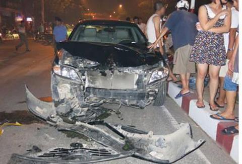 tai nạn, rượu bia, cồn, thảm khốc, xe điên, đánh võng, liên hoàn