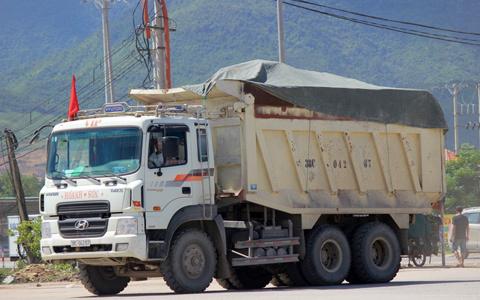 phớt lờ, chỉ đạo, xe quá tải, QL 12C, Kỳ Anh, trẩy hội, Hà Tĩnh