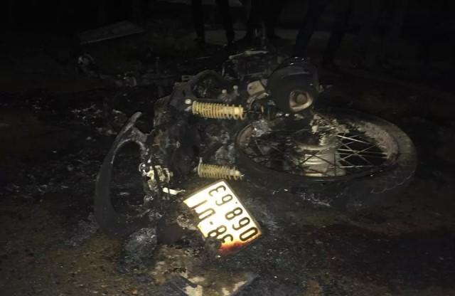 xe máy, cháy ngùn ngụt, tử vong
