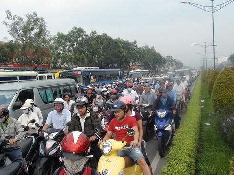 ùn tắc, giao thông, tai nạn, Trường Chinh, Tân Phú, Sài Gòn