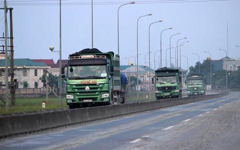'lãnh địa', xe quá tải, Hà Tĩnh, Kỳ Anh, Bộ trưởng Thăng, bắt xe, hạ nhiệt