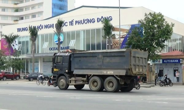 xe 'hổ vồ', tái xuất, quá tải, nội thành Vinh
