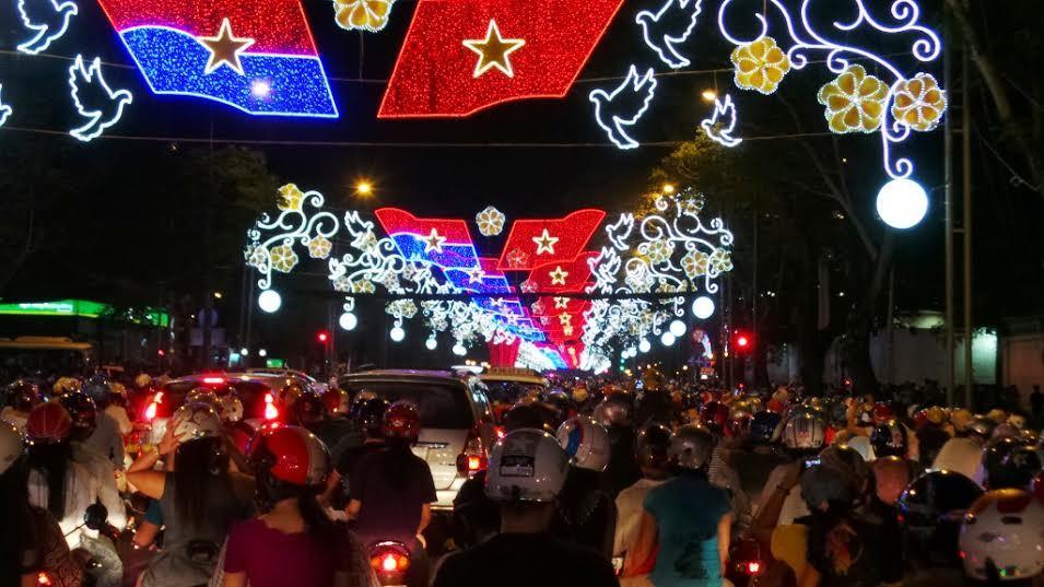 Noel, Giáng Sinh, 2014, tắc đường, Hà Nội, TP.HCM,