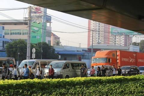 ùn tắc, xa lộ, Hà Nội, kẹt xe, phương tiện, ùn ứ