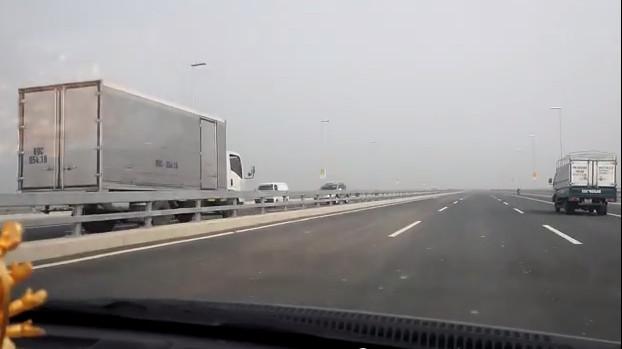 ô tô, lao như bay, trên cao tốc, Nhật Tân, - Nội Bài