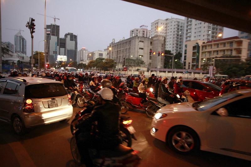 Hà Nội; tắc đường; cuối năm
