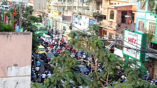 kẹt xe, tai nạn, đinh tiên hoàng, giao thông, Sài Gòn