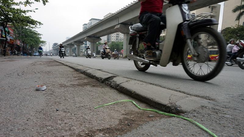 Mặt đường, Nguyễn Trãi, gập ghềnh