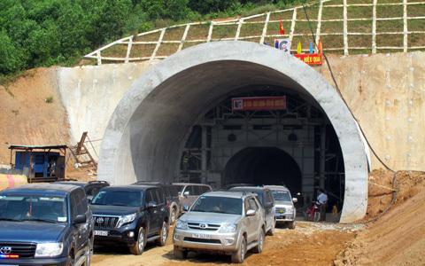 hầm, Phú Gia, Phước Tượng, thời hạn, hoàn thành