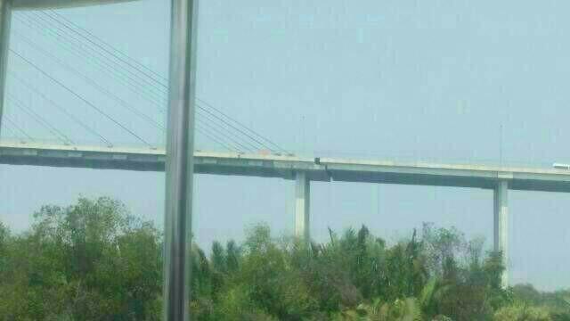 cầu Phú Mỹ, dây văng, lún nứt, giao thông, mạng xã hội